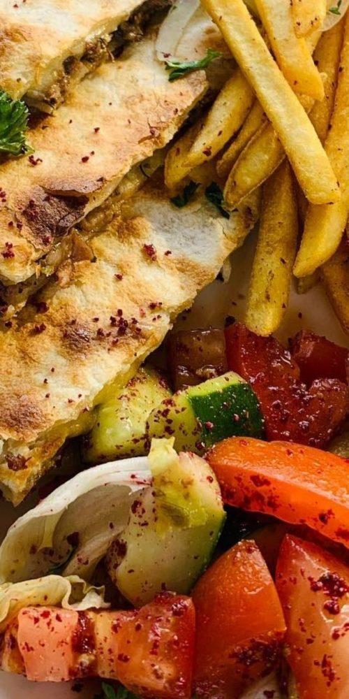 tabbouleh-lebanese-food.jpg
